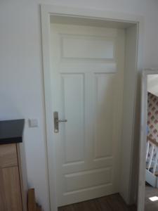 Zimmer- und Innentüren